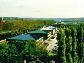 254 m², 300 m² en 337 m² kantoren te huur in het Zénobe Gramme bedrijvenpark in Luik Door de vroege industriële ontwikkelin